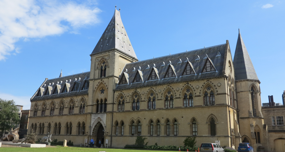 Oxford Museum From Ancient Wonders To Witch Magic Double Barrelled Travel